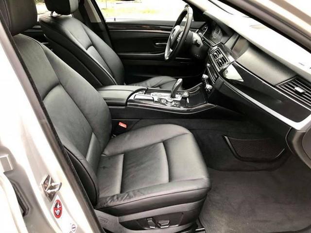 Sedan hạng sang BMW 523i 2012 rao bán lại giá chưa đến 1 tỷ đồng - Ảnh 10.