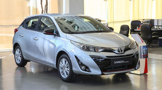 Xe nhập của Toyota rục rịch bán ra: Chưa chắc giảm giá đồng loạt