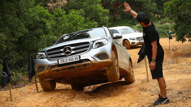 Mercedes-Benz đưa Học viện lái xe an toàn trở lại phía Nam - Ảnh 3.