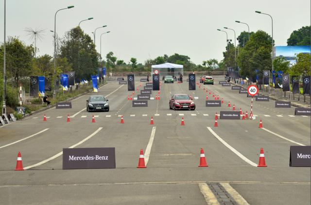 Mercedes-Benz đưa Học viện lái xe an toàn trở lại phía Nam - Ảnh 4.