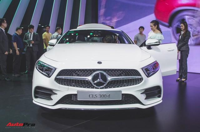 Hình ảnh thực tế Mercedes-Benz CLS - Đối thủ trực tiếp của Audi A7 - Ảnh 2.