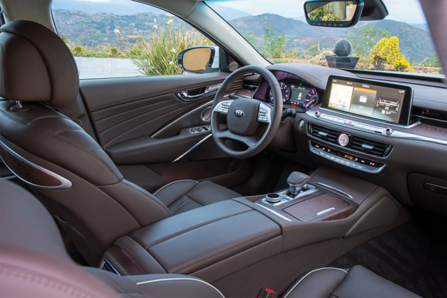 4 điều cần biết về Kia K900 - Đối thủ mới nhất của Mercedes-Benz S-Class - Ảnh 3.