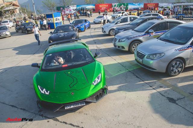 Xem siêu xe vượt ổ gà, băng đường trưởng trong ngày đầu của Car & Passion 2018 - Ảnh 19.