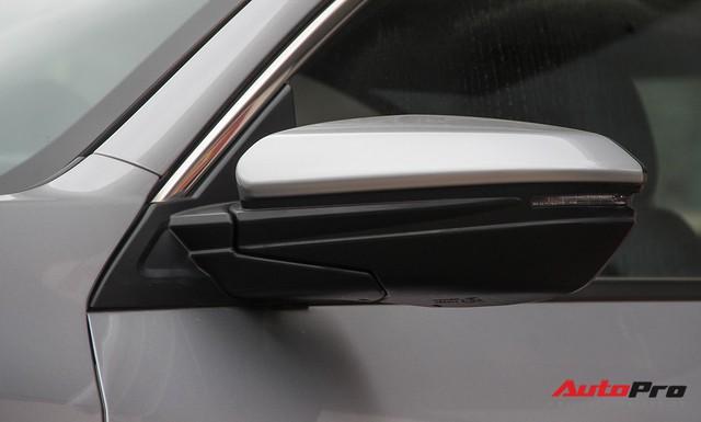 Giảm 140 triệu đồng, Honda Civic phiên bản mới tham vọng cạnh tranh Mazda3 - Ảnh 9.