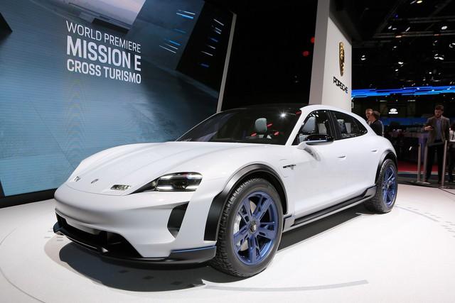 Porsche Mission E Cross Turismo: Hòa trộn hiệu suất và tiện dụng - Ảnh 1.
