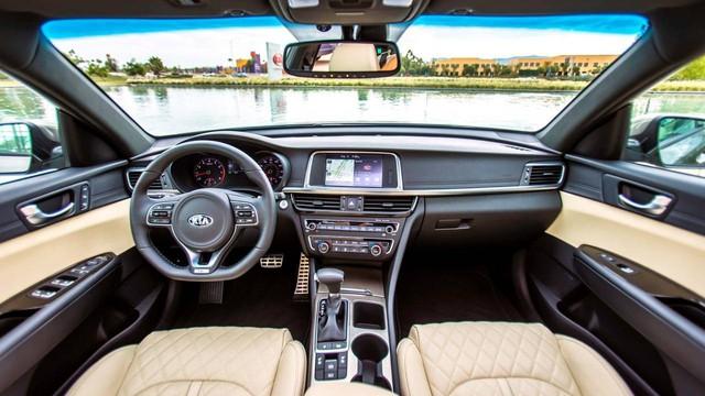 Những mẫu xe cùng tầm giá 758 triệu như Honda Civic 1.8E tại Việt Nam - Ảnh 12.