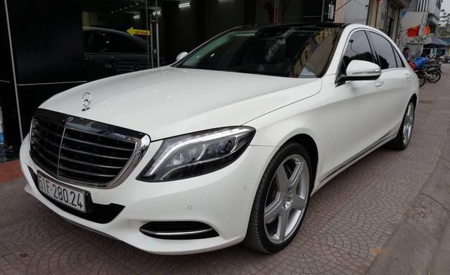 Đi hơn 15.000km, Mercedes-Benz S400 2015 được rao bán lại giá 3,1 tỷ đồng - Ảnh 1.