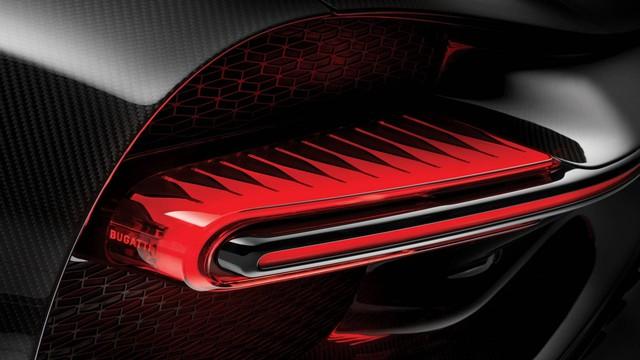 Bugatti Chiron thêm phiên bản mới: Giảm trọng lượng, thay giảm xóc và tút tát thiết kế - Ảnh 12.
