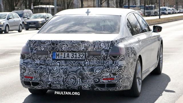 BMW 7-Series mới lộ diện: Lưới tản nhiệt hình quả thận đã thay đổi - Ảnh 1.