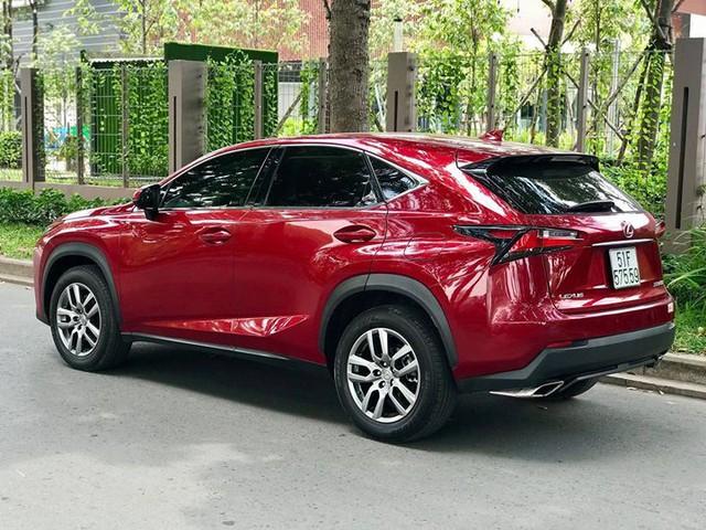 Lexus NX200t 2016 đi lướt bán lại giá gần bằng NX300 2018 - Ảnh 4.