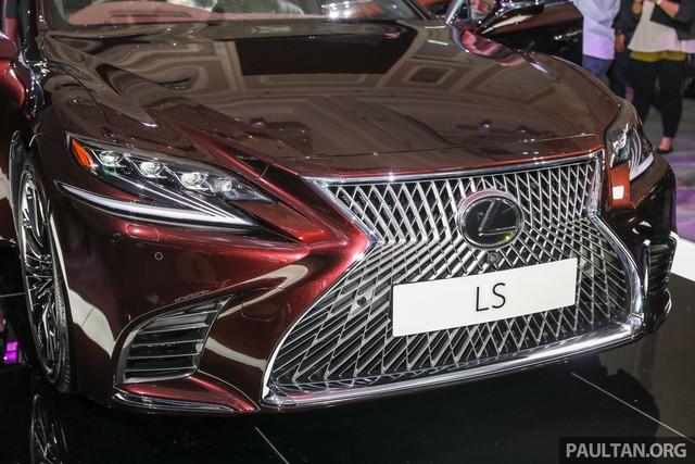 Lexus chính thức nhá hàng đối thủ của Mẹc E - Ảnh 3.