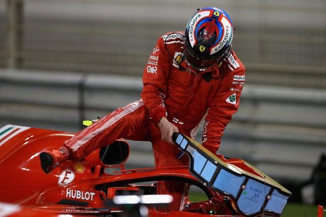 Trong đua xe, chỉ tích tắc bất cẩn khiến Ferrari phải trả giá bằng gần 62.000 USD - Ảnh 1.