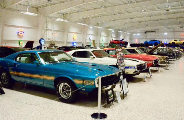 Bảo tàng xe cơ bắp Mỹ: Nơi có tiền cũng không thể vào thăm - Ảnh 9.
