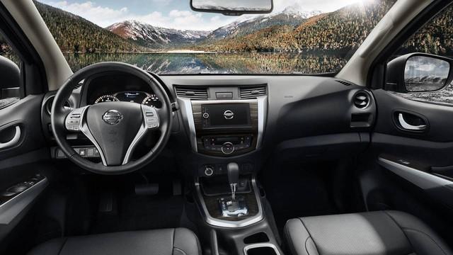 Nissan Terra - SUV 5 chỗ tham vọng cạnh tranh Toyota Fortuner - Ảnh 8.