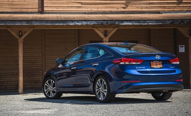 Ưu, nhược điểm của Hyundai Elantra 2018 - Ảnh 3.