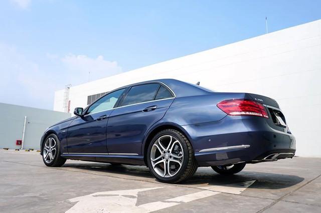 Chủ xe Mercedes-Benz E200 Edition E chịu lỗ 700 triệu sau hơn 2 năm sử dụng - Ảnh 1.