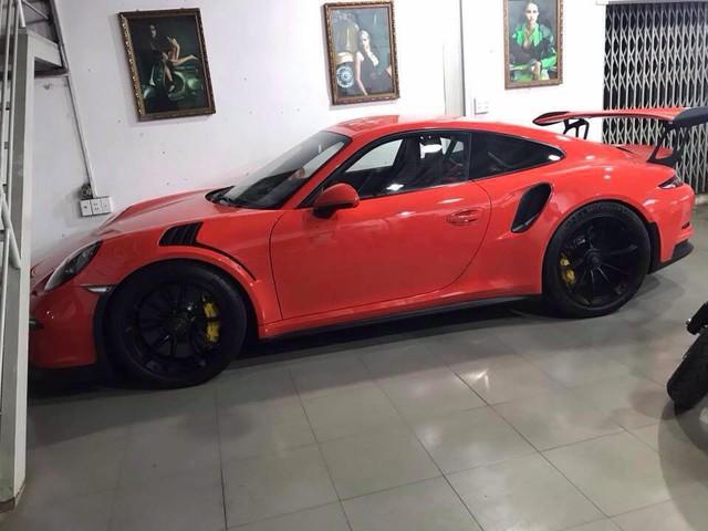 Ông trùm cafe Trung Nguyên tậu Porsche 911 GT3 RS thứ 2 tại Việt Nam - Ảnh 3.