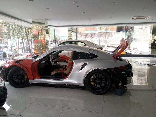 Ông trùm cafe Trung Nguyên tậu Porsche 911 GT3 RS thứ 2 tại Việt Nam - Ảnh 2.