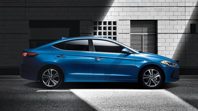 Ưu, nhược điểm của Hyundai Elantra 2018