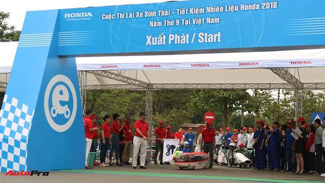 Xe tự chế của sinh viên Việt Nam đi được gần 587 km/lít xăng - Ảnh 10.