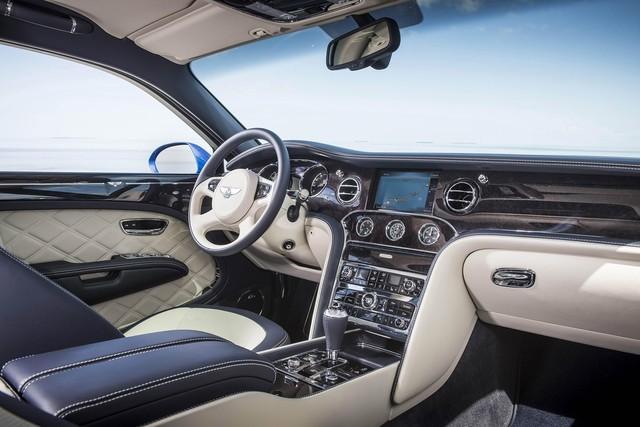 Bentley Mulsanne hơn 35 tỷ đồng mang biển số khủng của đại gia Bình Dương - Ảnh 5.
