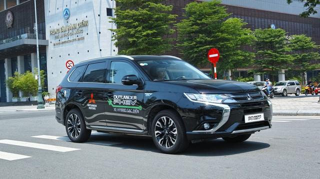 Xe điện bắt đầu lăn bánh thử nghiệm tại Việt Nam
