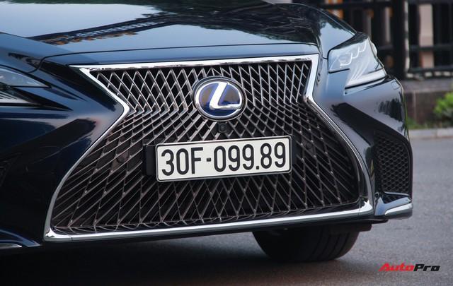 Sedan hạng sang Lexus LS500h 2018 hơn 8,3 tỷ đồng trên phố Hà Nội - Ảnh 12.