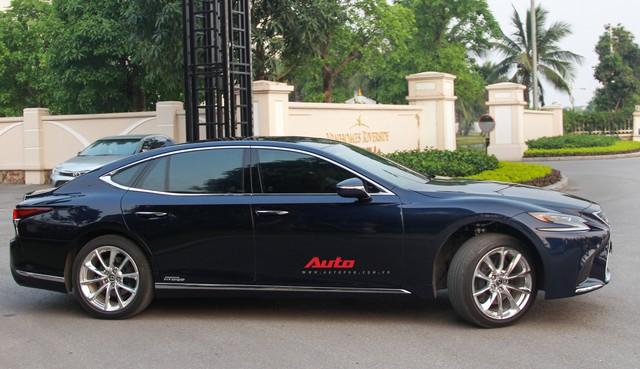 Sedan hạng sang Lexus LS500h 2018 hơn 8,3 tỷ đồng trên phố Hà Nội - Ảnh 3.