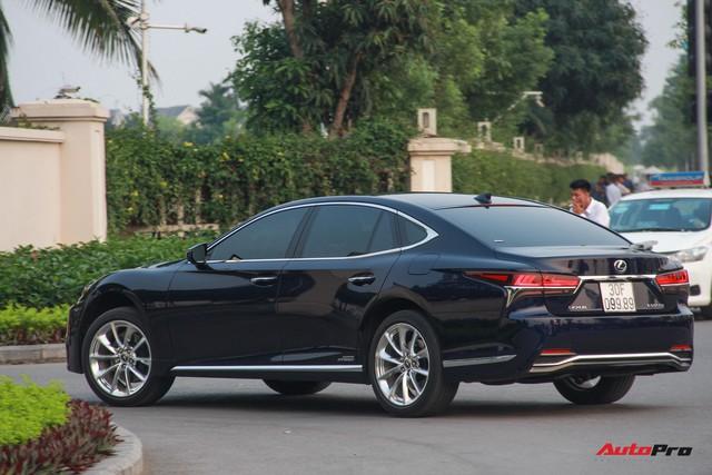 Sedan hạng sang Lexus LS500h 2018 hơn 8,3 tỷ đồng trên phố Hà Nội - Ảnh 5.
