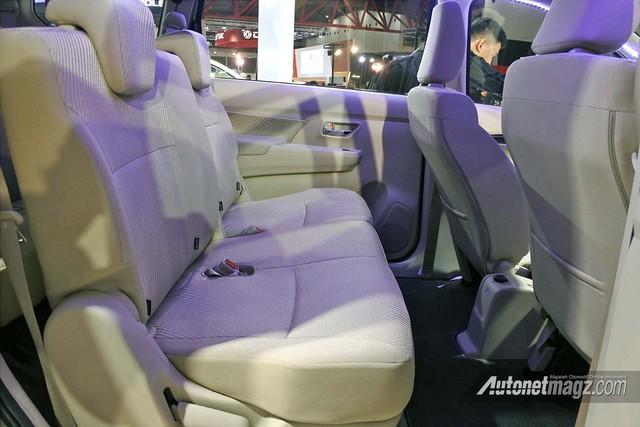 Suzuki Ertiga 2018 ra mắt, tút lại thiết kế để cạnh tranh Toyota Innova và Mitsubishi Xpander - Ảnh 11.