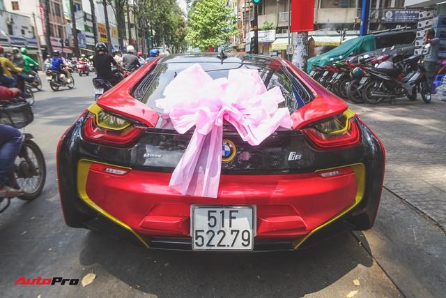 Xe hoa BMW i8 dán decal phong cách Iron Man tại Sài Gòn - Ảnh 12.