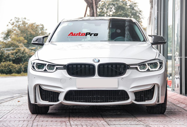 BMW 320i 2016 độ gần 300 triệu được rao bán lại giá 1,439 tỷ đồng - Ảnh 1.