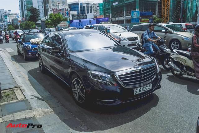 Đám cưới lạ lùng tại Sài Gòn: MINI Cooper rước dâu, Rolls-Royce Ghost và Porsche Boxster chỉ làm nền - Ảnh 6.