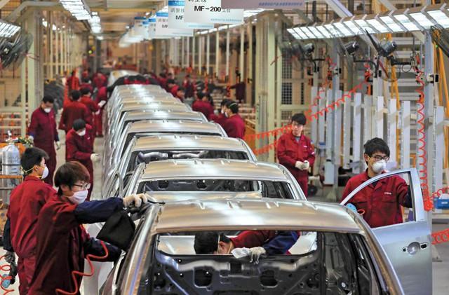 Trung Quốc có thể mạnh tay giảm hơn một nửa thuế nhập khẩu ô tô - Ảnh 1.