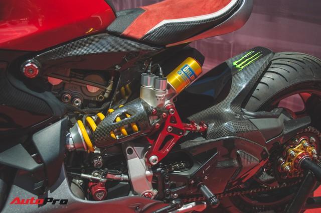 Tay chơi Việt biến Ducati Panigale 1199 S Tricolore hàng hiếm thành cafe racer kiểu hiện đại - Ảnh 5.