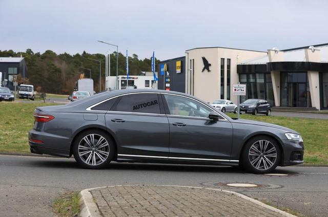Audi S8 sắp ra mắt với động cơ V8 lấy từ Porsche Panamera Turbo - Ảnh 2.