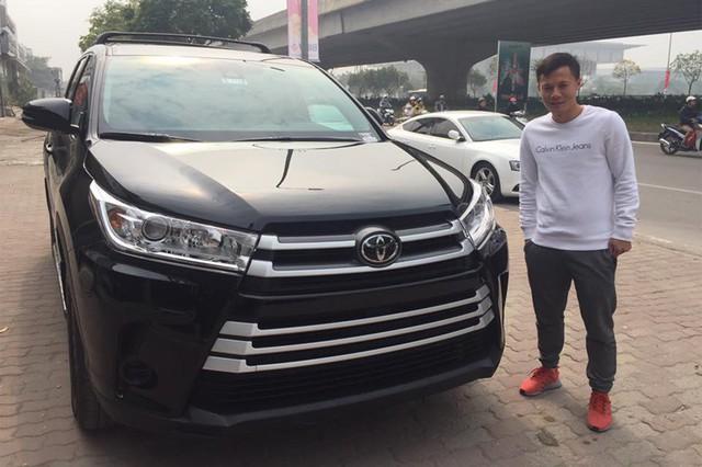 Sau khi mua Toyota Highlander, cựu tuyển thủ quốc gia Phạm Thành Lương tậu Mazda CX-5 mới - Ảnh 3.
