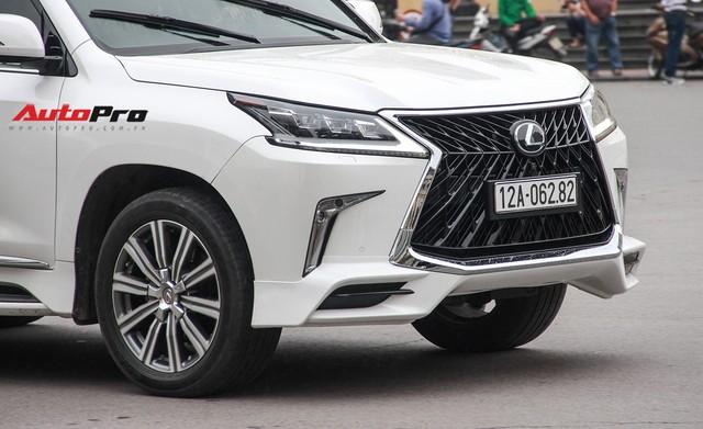 Lexus LX570 độ bản Super Sport giá hơn 10 tỷ của dân chơi Lạng Sơn tại Hà Nội - Ảnh 12.