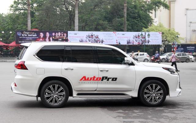 Lexus LX570 độ bản Super Sport giá hơn 10 tỷ của dân chơi Lạng Sơn tại Hà Nội - Ảnh 11.