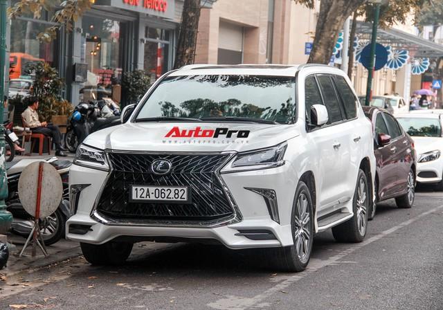 Lexus LX570 độ bản Super Sport giá hơn 10 tỷ của dân chơi Lạng Sơn tại Hà Nội - Ảnh 2.