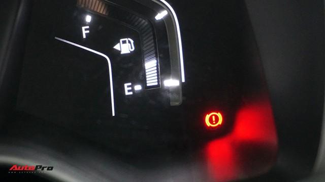 Hướng dẫn kích hoạt phanh đỗ điện tử tự động sau khi tắt máy trên Honda CR-V 2018 - Ảnh 3.