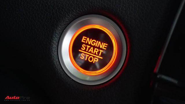 Hướng dẫn kích hoạt phanh đỗ điện tử tự động sau khi tắt máy trên Honda CR-V 2018 - Ảnh 2.