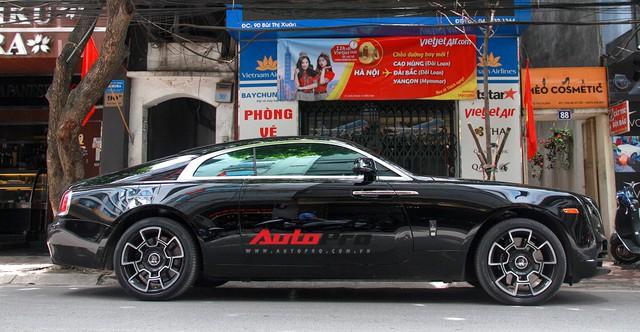 Siêu xe và xe sang xuống phố dịp nghỉ lễ 30/4 - 1/5 tại Hà Nội - Ảnh 7.