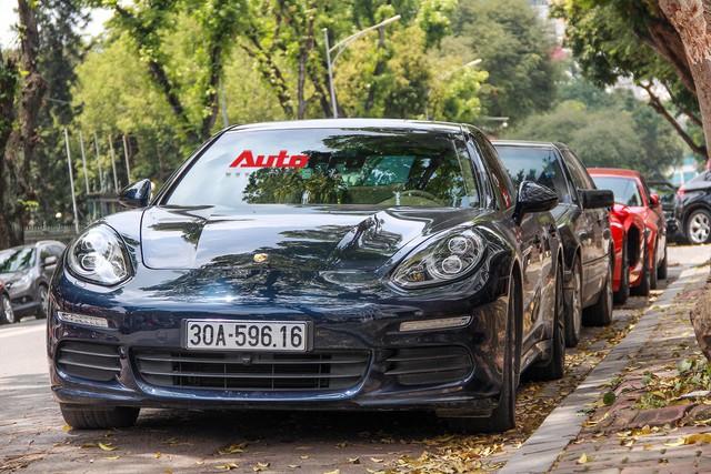Siêu xe và xe sang xuống phố dịp nghỉ lễ 30/4 - 1/5 tại Hà Nội - Ảnh 8.
