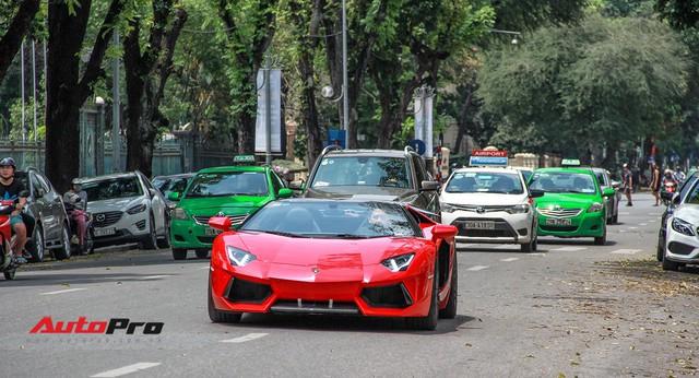 Siêu xe và xe sang xuống phố dịp nghỉ lễ 30/4 - 1/5 tại Hà Nội - Ảnh 19.