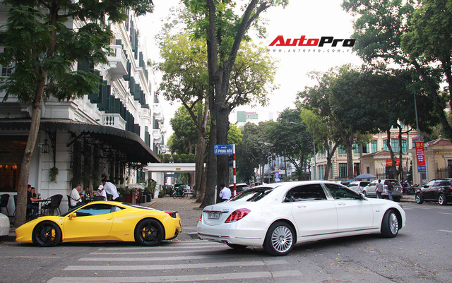 Siêu xe và xe sang xuống phố dịp nghỉ lễ 30/4 - 1/5 tại Hà Nội - Ảnh 28.