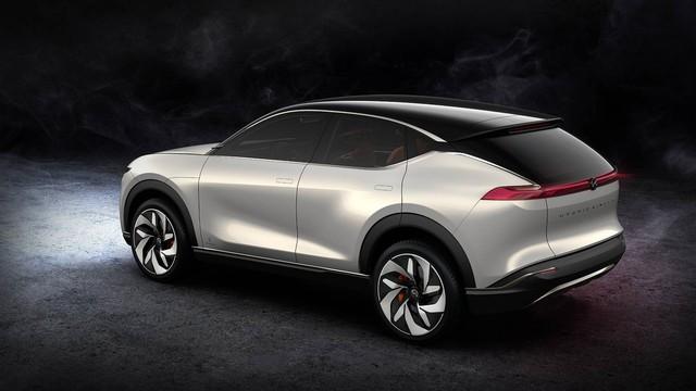 Pininfarina K350 Concept: Chuẩn SUV trong tương lai - Ảnh 2.