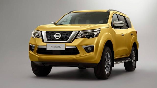 Cạnh tranh Toyota Fortuner, Nissan Terra bắt đầu xuất hiện tại đại lý, chuẩn bị ra mắt chính thức - Ảnh 1.