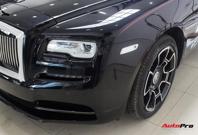 Bên trong Rolls-Royce Wraith Black Badge thứ 2 tại Việt Nam có gì? - Ảnh 4.