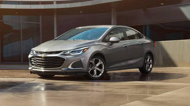 Chevrolet nâng cấp nhẹ Spark, Cruze 2019, nội thất hiện đại hơn - Ảnh 1.
